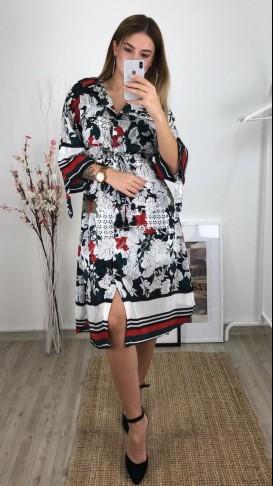 Önden Düğmeli Desenli Saten Elbise