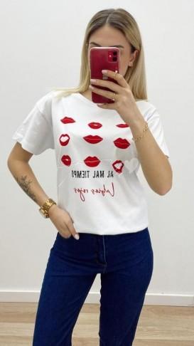 Kiss Tshirt