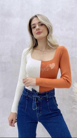 Turuncu-Beyaz Kare Yaka Triko Bluz